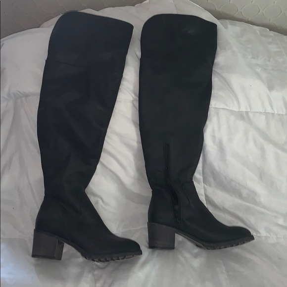 SO Shoes - Over the knee black boots